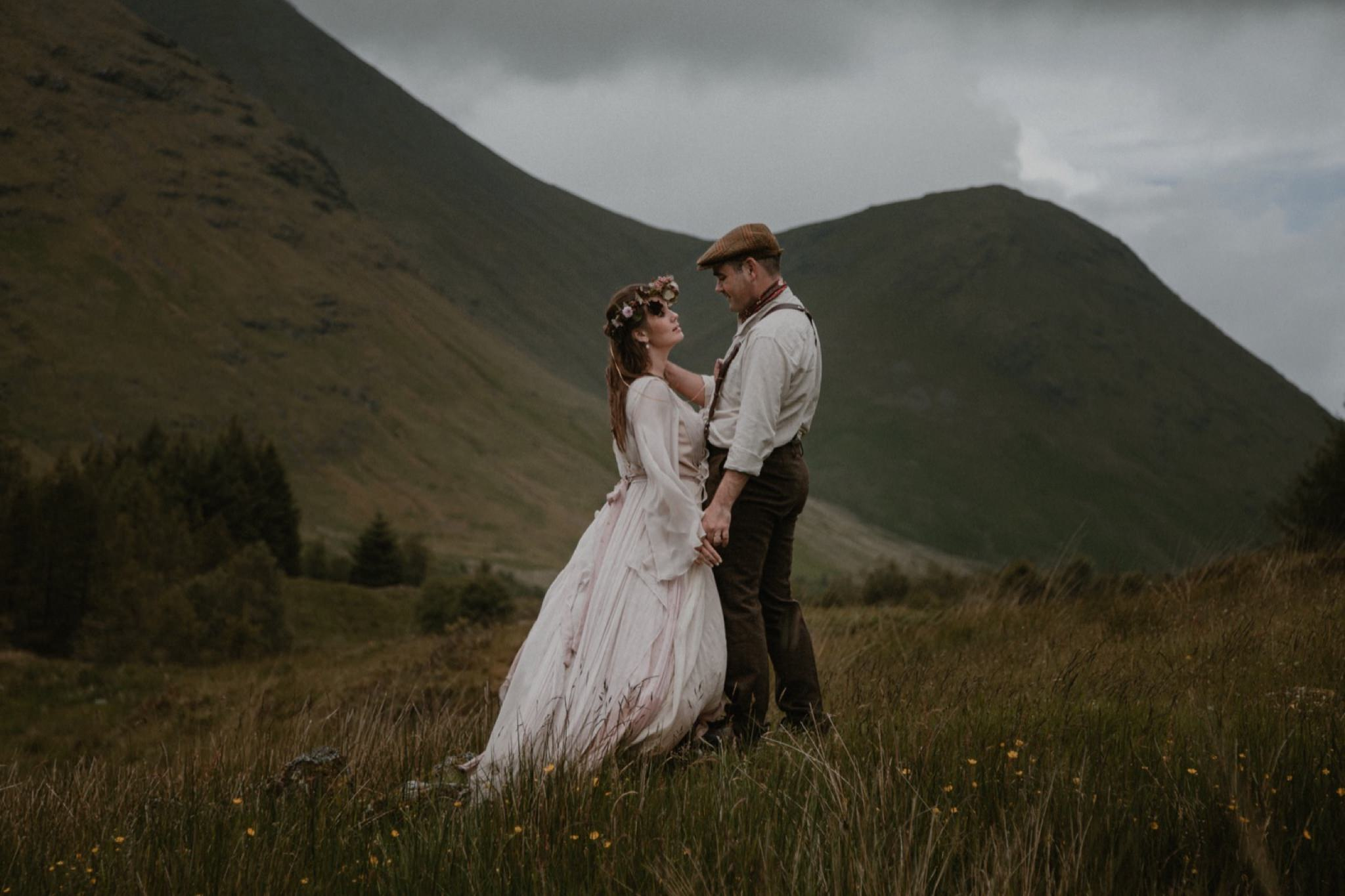 Elopement on the Isle of Mull by The Caryls wedding photography