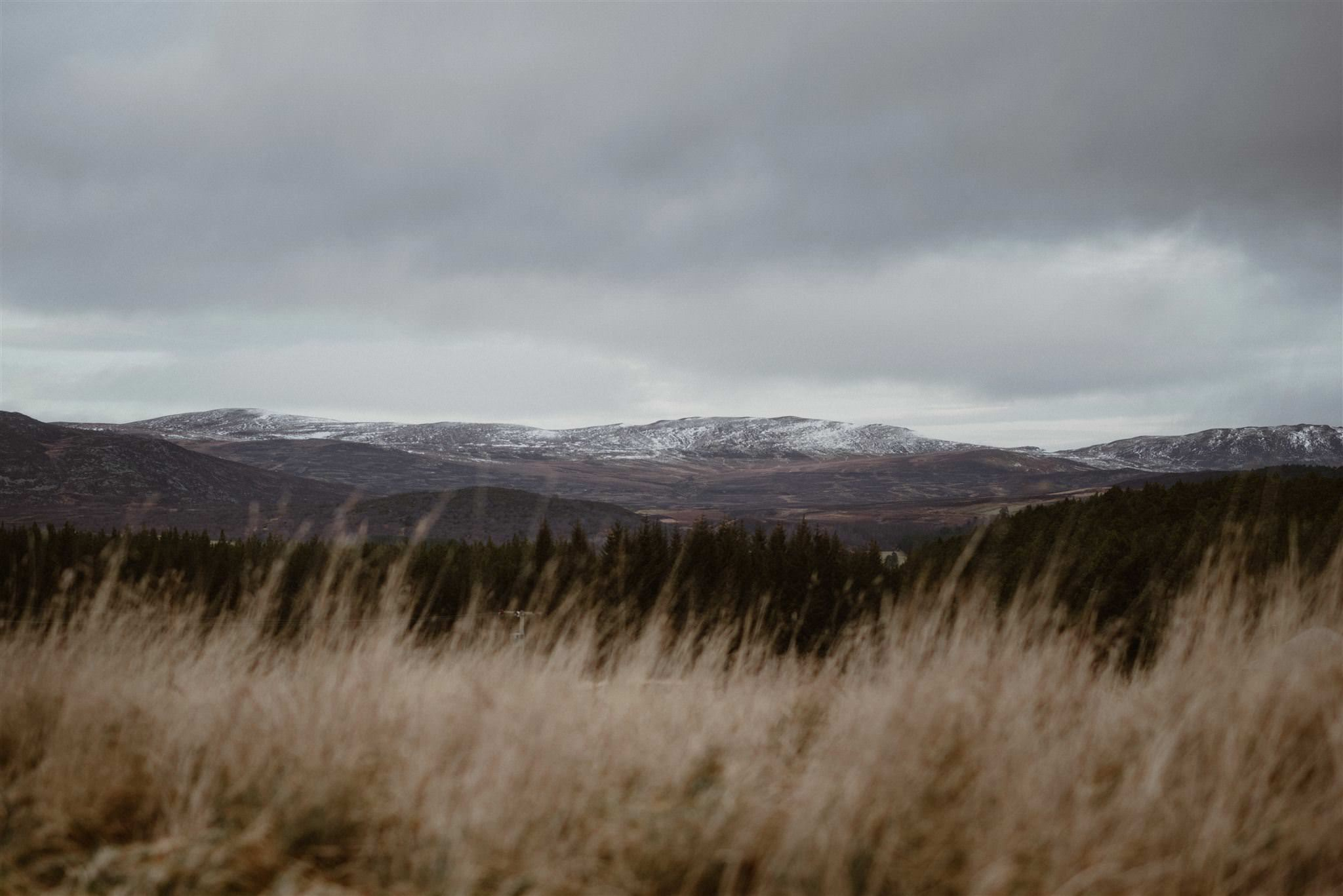 Cairngorms elopement photographer wedding location