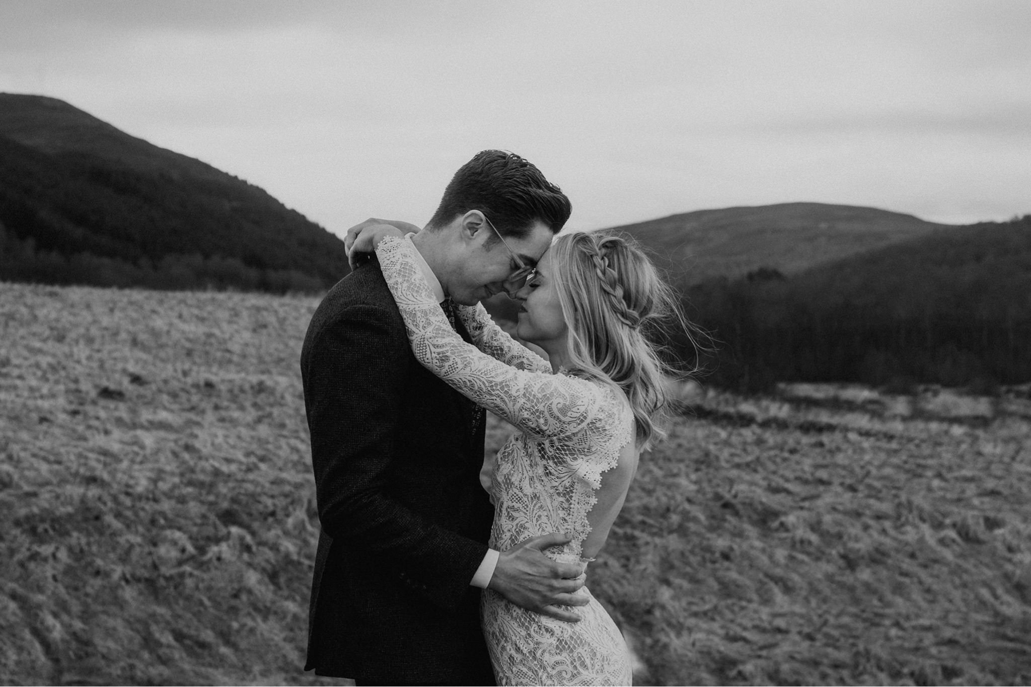 Elope in love Scotland The Caryls Photography