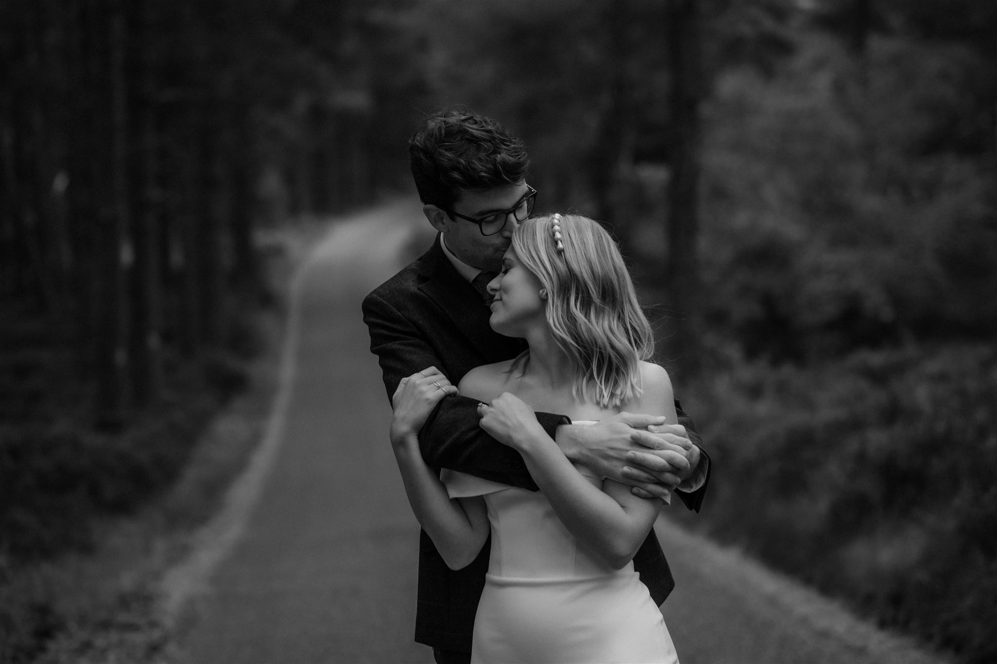 Bride and groom in the Abernethy forest near Loch Garten